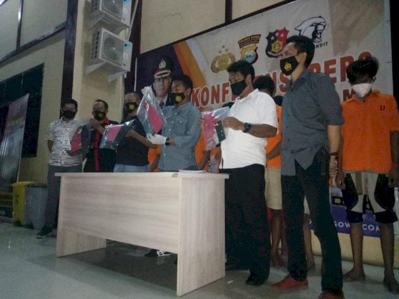 Polres Gowa memberi keterangan pers terkait pembunuhan pelajar.