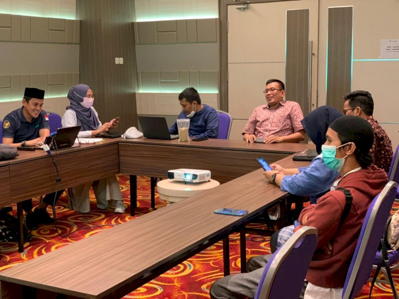 Business Meeting Pemuda Tani HKTI Sulsel dan AMM.