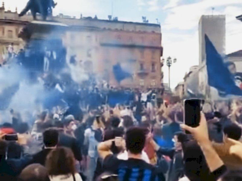 Perayaan Scudetto Inter Milan di Kota Milan mendapatkan kritik dari Warga dan netizen (int)